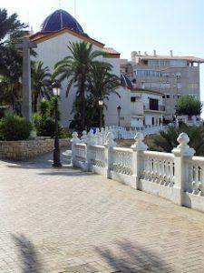 Benidorm-Iglesia-San Jaime-Sant Jaume-Casco Antiguo-vacaciones-veraneo