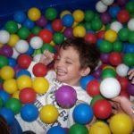 Superando barreras: Rodrigo, el don de la felicidad y emociones