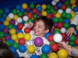 Discapacidad intelectual. estimulación sensorial-juegos-risas-blog