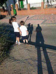Niños-tres-blog-cruzar-independencia-librepensadores