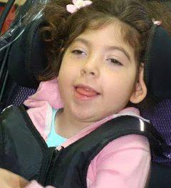 Parálisis cerebral severa. La historia de Irene, Manuel y Cristina. Cuando las adaptaciones ortopédicas son inalcanzables.