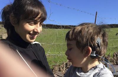Anacusia Bilateral. La historia de Raquel y su pequeño. Superando un duelo.