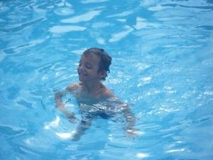 Mi pequeño tritón. El agua. El silencio. Cuéntame el Autismo.