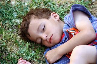 Mi hijo TEA y sus trastornos de sueño: sobreviviendo a otra noche de insomnio…