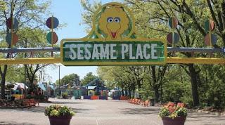Sesame place: el primer parque temático del mundo certificado para personas con Autismo.