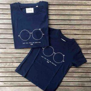 Camisetas para vestir Iguales Padres Hijos Estampadas Gafitas Azules 2 Uttopy