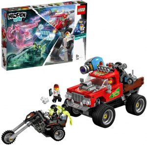 Camión rojo todoterreno de acrobacias con un cañón y una moto tipo el motorista fantasma