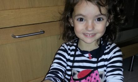Navidad y actividades con niños: preparamos Galletas de mantequilla en microondas