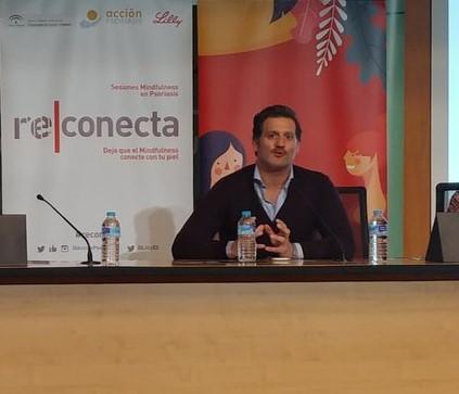 Pablo García Montero Psoriasis. Psoriasis: importancia del autocuidado y la gestión del estrés mediante el Mindfullness